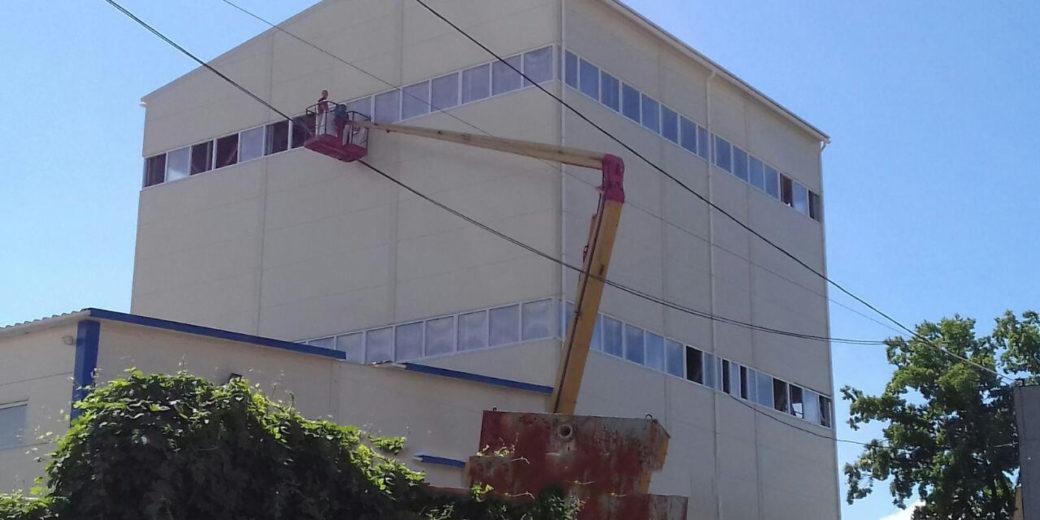 Гайсин. Строительство помещения с установкой ЛСК.